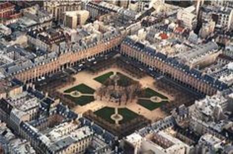 La place des Vosges - Paris